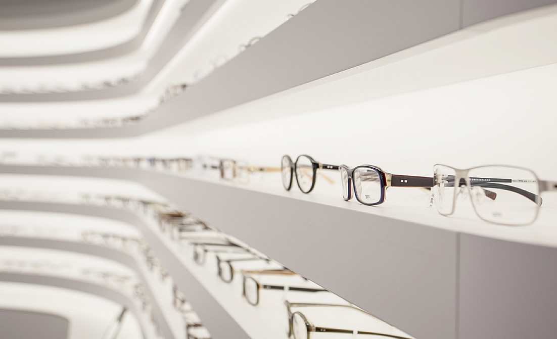 Furnishings for opticians Italy